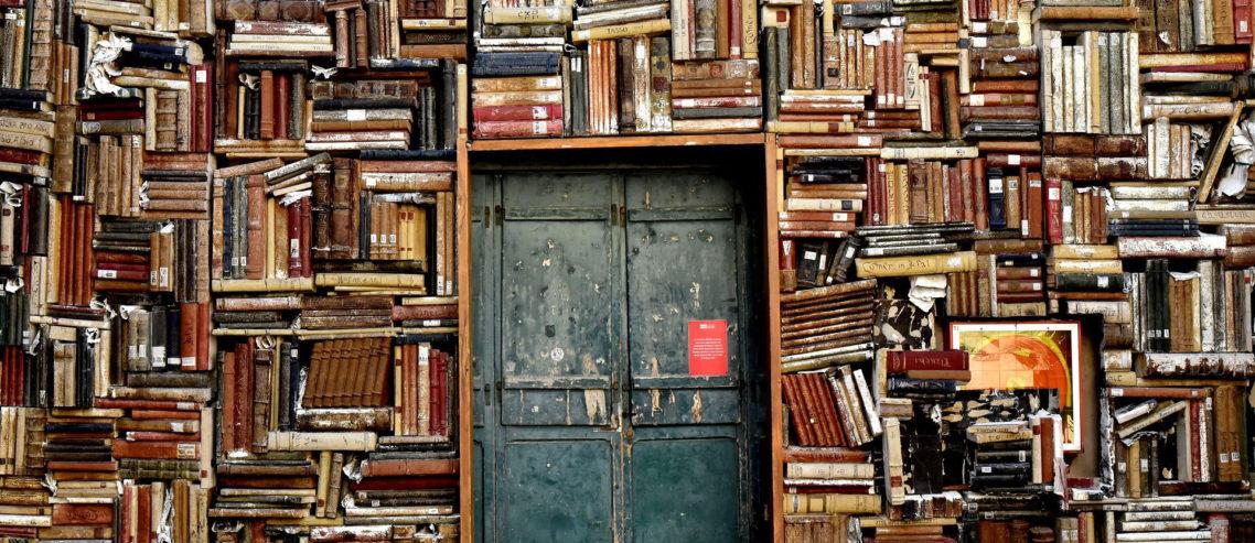 Hace siglos la luz es siempre nueva el futuro de los libros